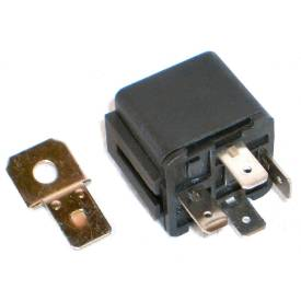 Picture of Black Standard Relay 30 Amp 4 Pin