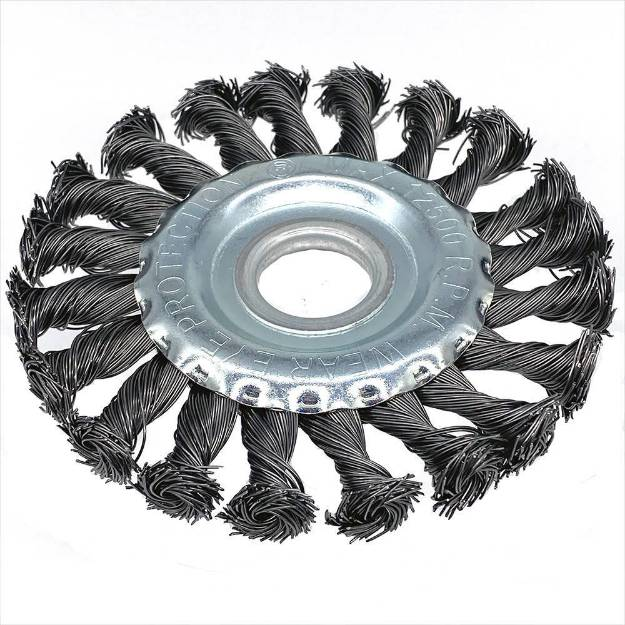 Picture of Twisted Wire Cleaning Disc for Angle Grinder